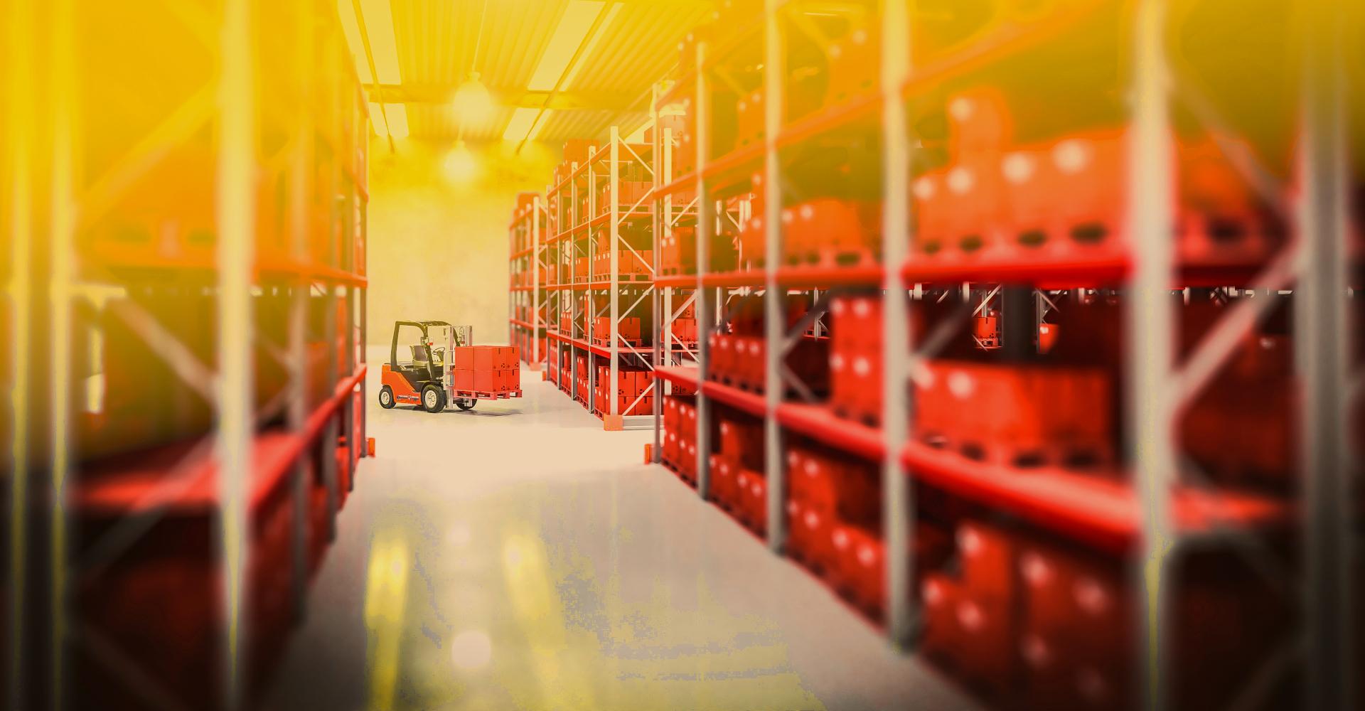 5 500 m² skladovacích ploch